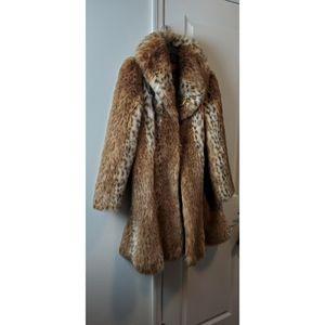 Elegant Faux Fur Luxury Coat